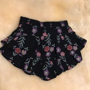 Crazy 8 Girl's 12-18 Months Shorts. 100% Rayon